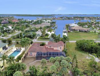 1570 Doxee Ter, Marco Island - Home For Sale 369151845