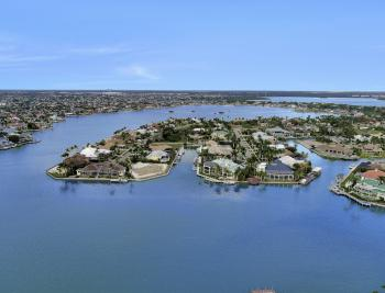 1570 Doxee Ter, Marco Island - Home For Sale 1779383197