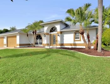 101 SE 43rd St, Cape Coral - Home For Sale 133872355