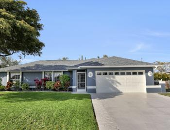417 SE 21st Ter, Cape Coral - Home For Sale 1669465481