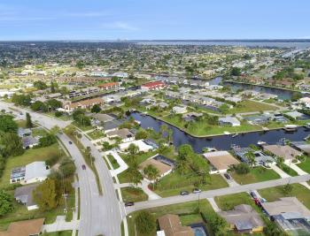 4025 Country Club Blvd, Cape Coral - Home For Sale 1855894790