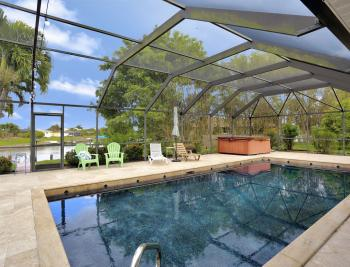 4025 Country Club Blvd, Cape Coral - Home For Sale 1855278223