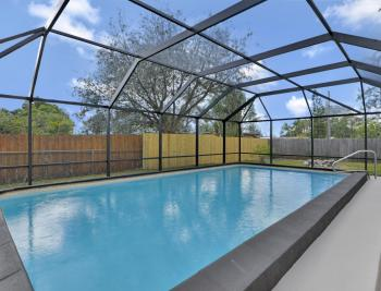 2142 Crystal Dr, Fort Myers - Home For Sale 1951796063