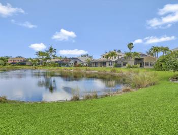 6753 Southern Oak Ct, Naples - Home For Sale 561943594