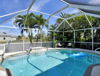 237 SE 2nd St, Cape Coral - Home For Sale 1707801465