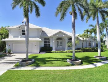 729 Hull Ct Marco Island - Home For Sale 385420242