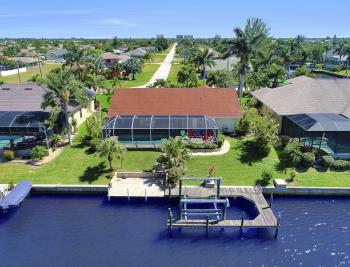 1201 SW 44th St, Cape Coral - Home For Sale 358484204
