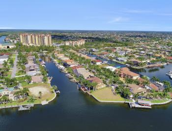 1435 SW 57th Ter, Cape Coral - Luxury Home For Sale 1109674390