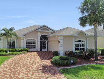 9340 Palm Island Cir, North Fort Myers - Home For Sale 970409688