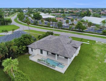 140 Sand Hill St Marco Island - Home For Sale 1990123522