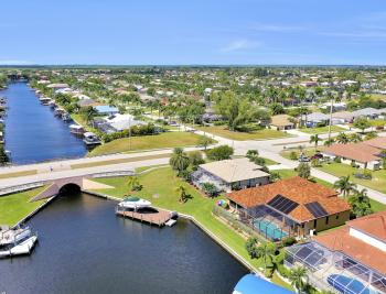2024 SW 44th Ter Cape Coral - Home For Sale 2131365094