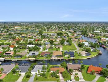 1409 SW 50th St, Cape Coral - Home For Sale 484178995