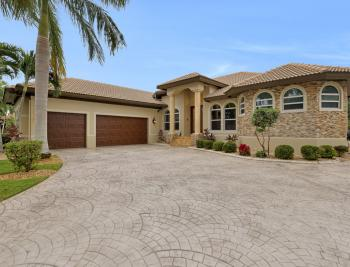 15170 Intracoastal Ct, Fort Myers - Home For Sale 788987438