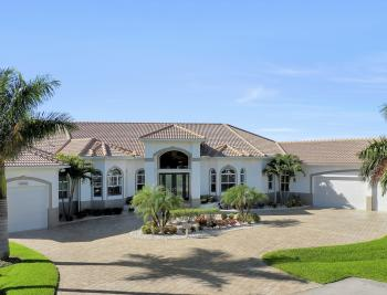 5366 Cortez Ct, Cape Coral - Luxury Home For Sale 2132988846