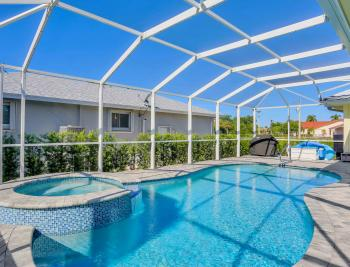 100 Beachcomber St, Marco Island - Home For Sale 887847563