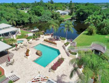9261 Palm Island Cir, North Fort Myers - Home For Sale 461463959