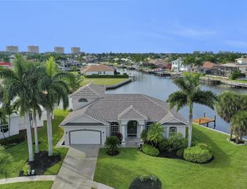 948 Hunt Ct, Marco Island - Home For Sale 299886885