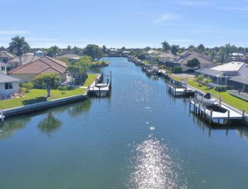135 Gulfport Ct, Marco Island - Lot For Sale 900819087