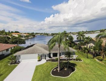 517 SW 51st Ter, Cape Coral - House For Sale 1647481472