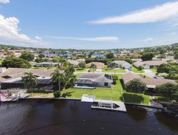 517 SW 51st Ter, Cape Coral - House For Sale 762832539