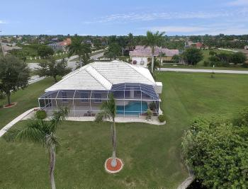 2730 SW 51st St, Cape Coral - House For Sale 224141564