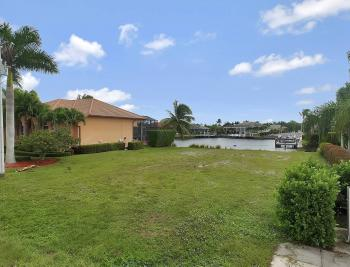 911 Ruby Ct, Marco Island - Lot For Sale 1261510845