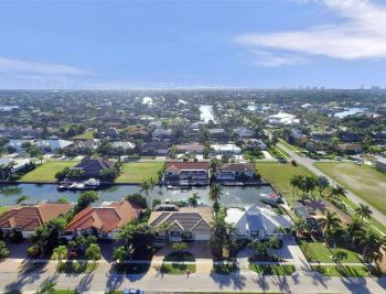 276 Rockhill Ct, Marco Island - House For Sale 253603877