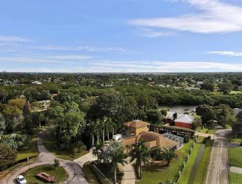 5541 Maeva Ct, Fort Myers - House For Sale 71994836
