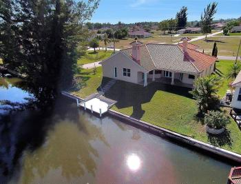 1721 SW 29th Ter, Cape Coral - House For Sale 61791922