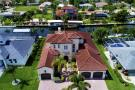 122 SW 52nd Ter, Cape Coral - Luxury Home For Sale 908762483