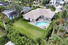 425 Rudder Rd, Naples - Home For Sale 910743920