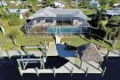 5618 Delido Ct, Cape Coral - Home For Sale 1201404573